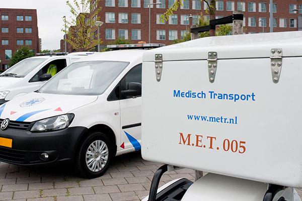 De medische wereld in Nederland vertrouwt op ADR vervoer van Medical Emergency Transport