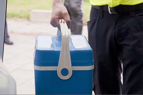 Medisch spoedvervoer en transport van organen, plasma, bloed en zuurstof verantwoord en snel geregeld met Medical Emergency Transport